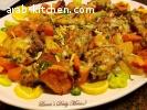 دجاج مع الخضار بالثوم والليمون بالفرن